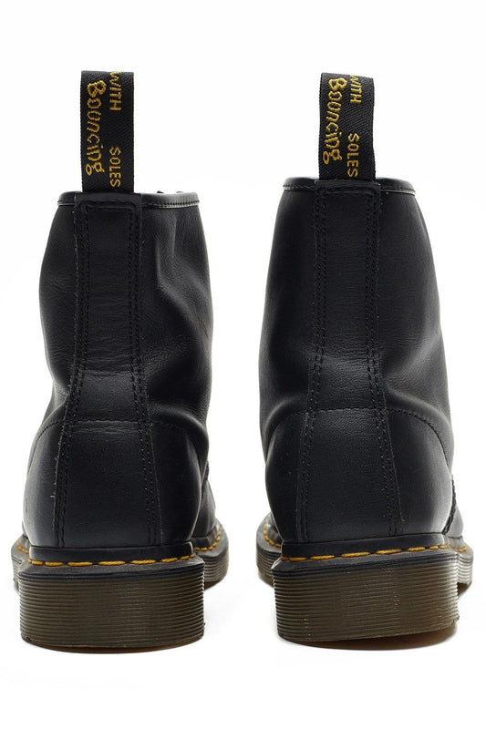 caa350c9419 1460Z DMC 8-Eye Boot Black Nappa Dr. Martens - Jean Jail