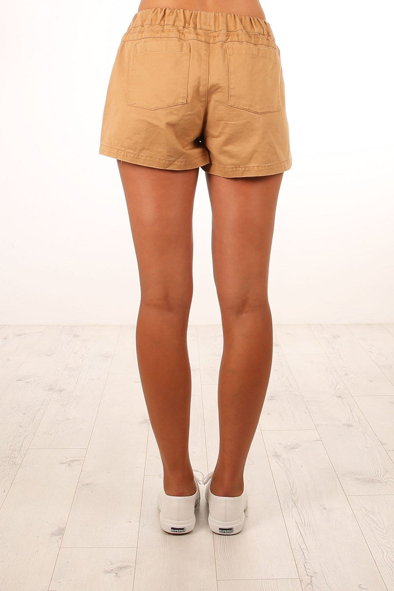 Larsson Shorts Tan Nude Lucy - Jean Jail