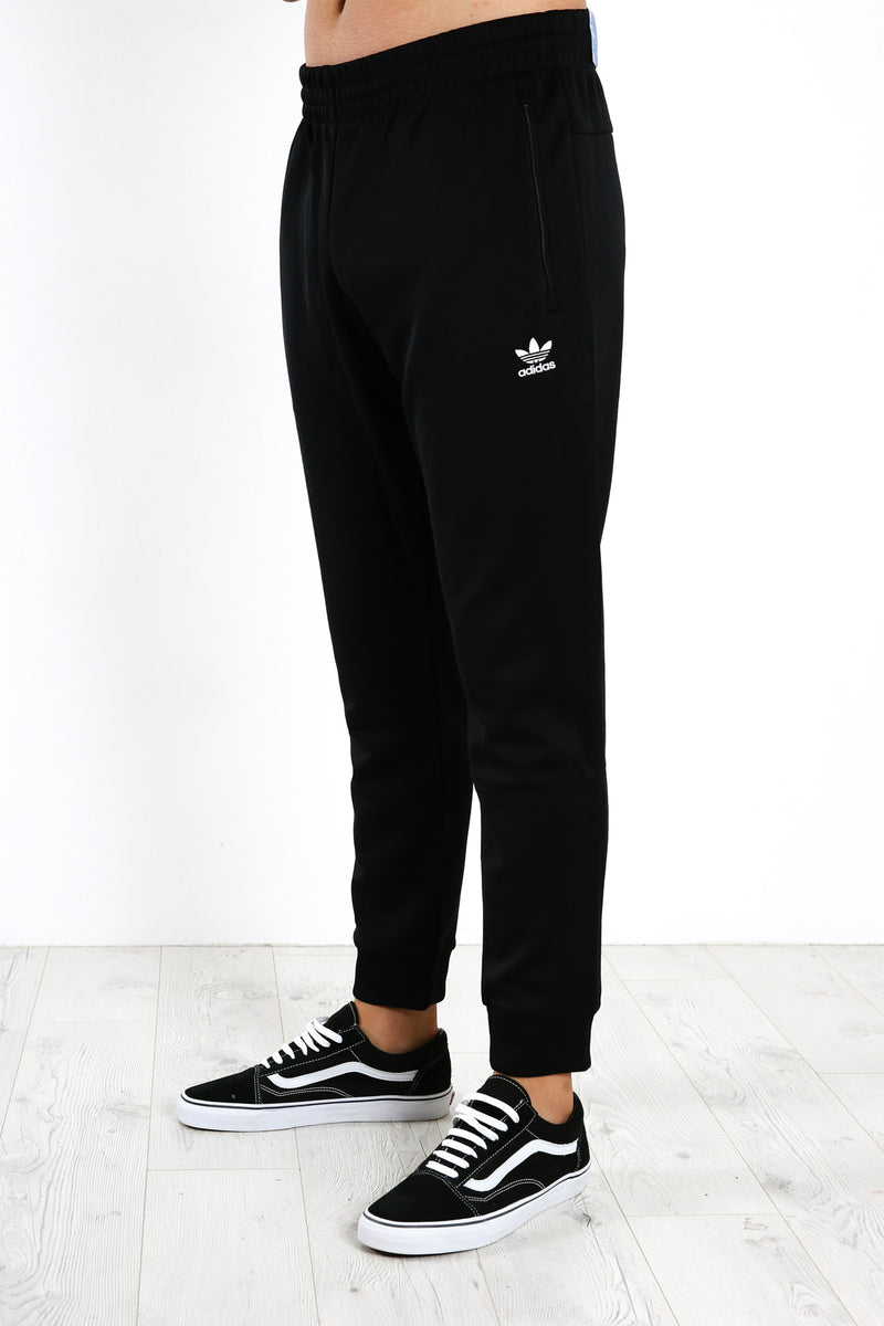Trefoil Essentials Track Pants Black