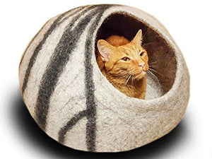 Premium Felt Cat Bed Cave - Handmade 100% Merino Wool Bed for Cats and Kittens