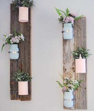 Pallet Wall Decor with Flowers - King City Treasures