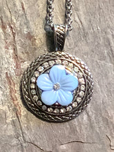 Snap Necklace with Blue Flower