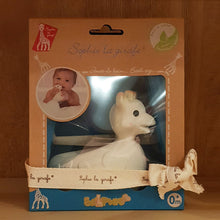 Load image into Gallery viewer, Sophie The Giraffe Bath Toy 0m+