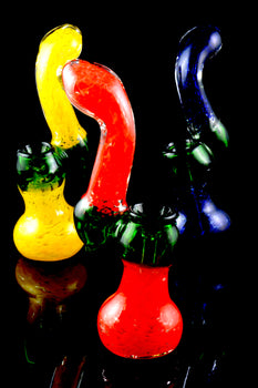 Medium Sherlock Frit Glass Bubbler - B978