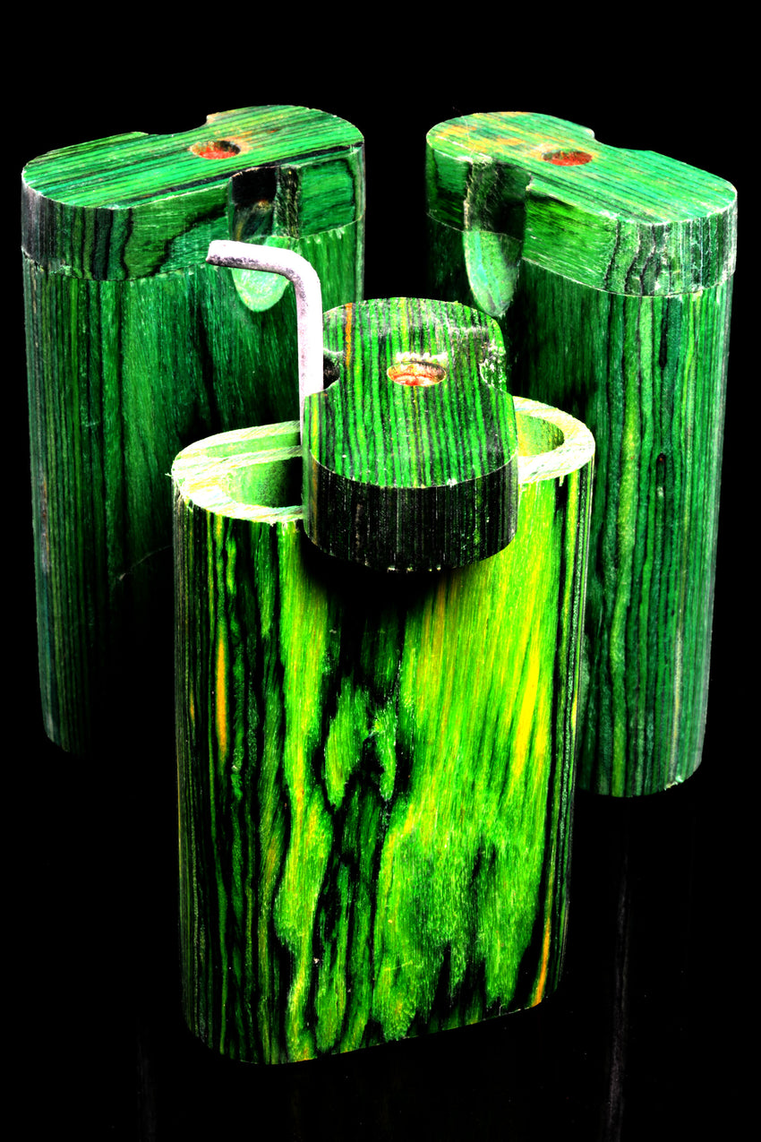 Small Green Dugout with Poker - W0218