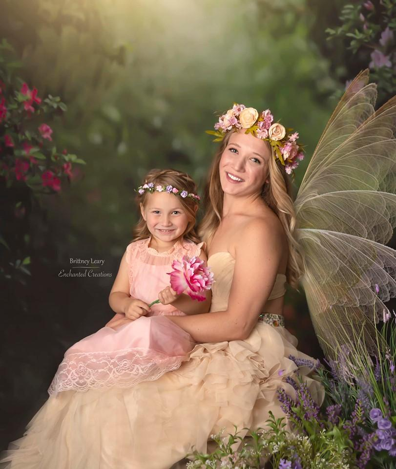 Load image into Gallery viewer, Kate Pink Flower Garden Fairy Lights spring Backdrop for Photography Designed by Pine Park Collection