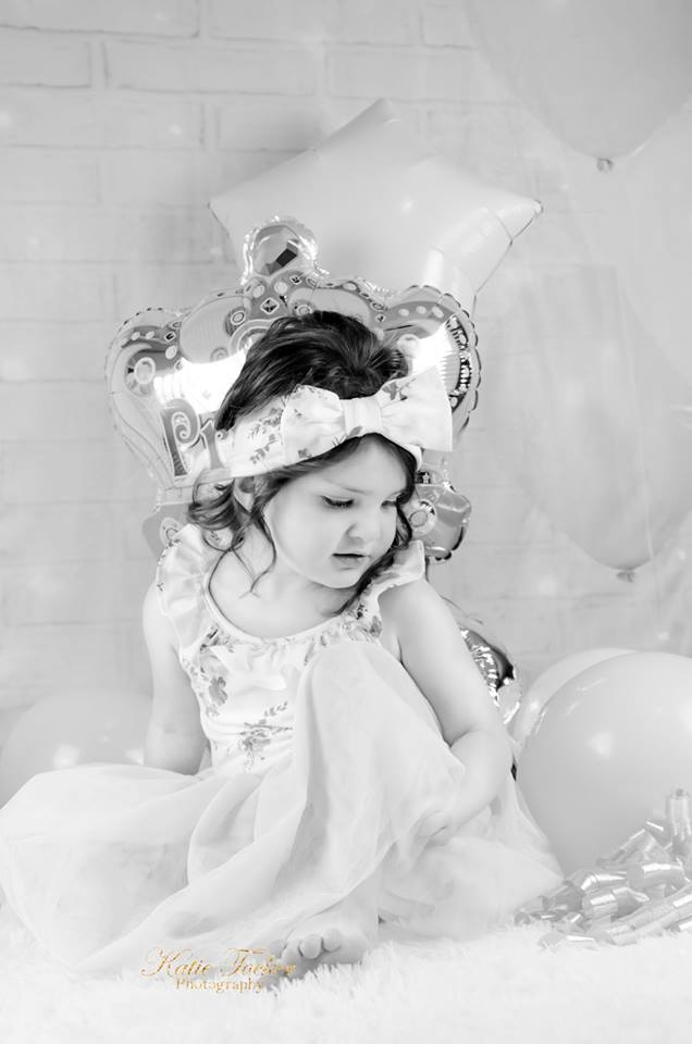 Load image into Gallery viewer, Kate White Brick Wall Pink Balloons and Decorations Girl Birthday Backdrop for cake smash