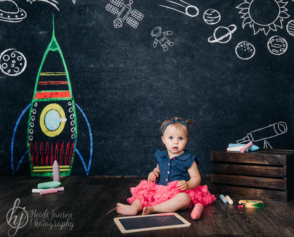 Load image into Gallery viewer, Kate Blackboard Back to School Children Backdrop Designed by Thousand Words Photography