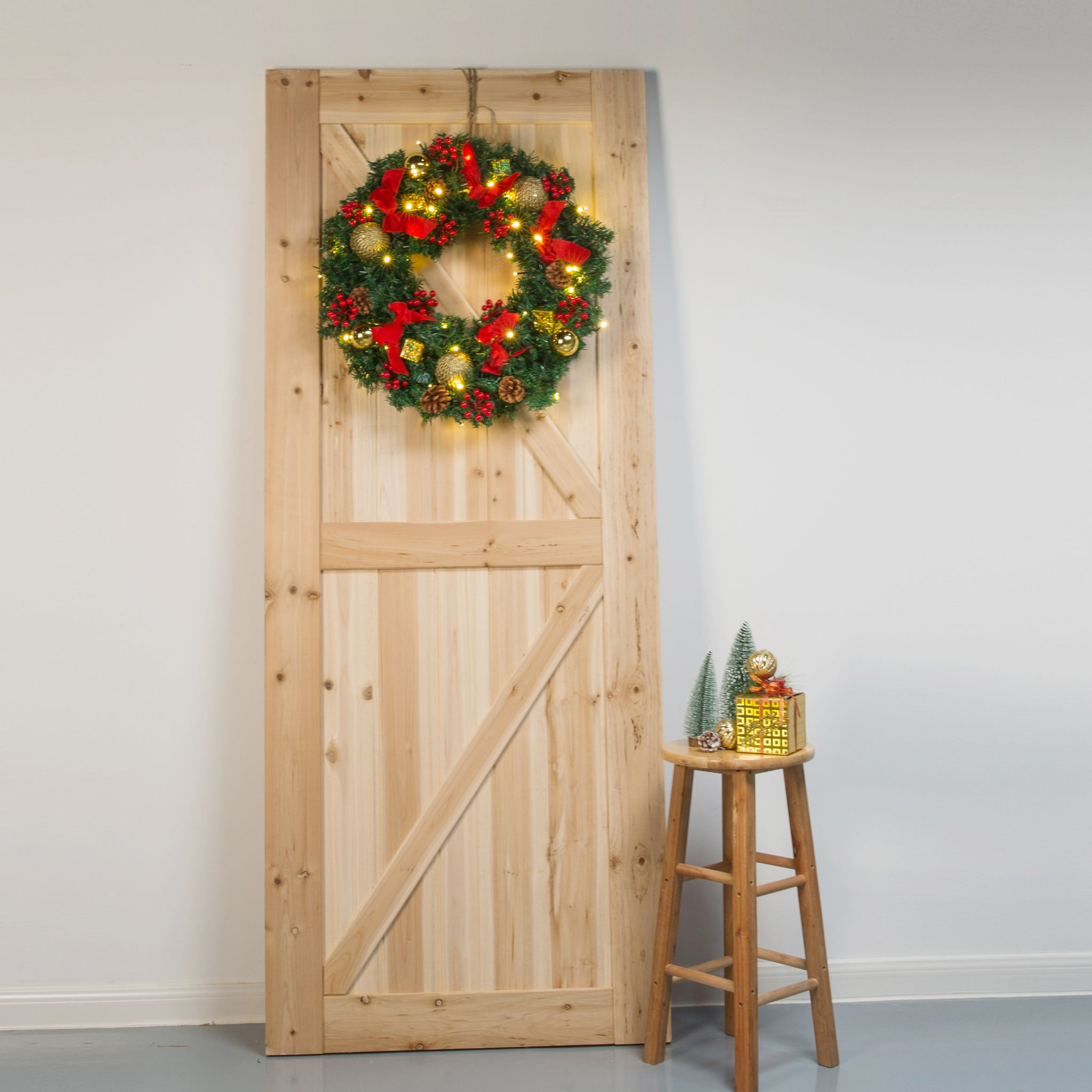 Load image into Gallery viewer, Kate 24 inches Christmas Wreaths Bows with LED Outdoor Decorations with Berries props