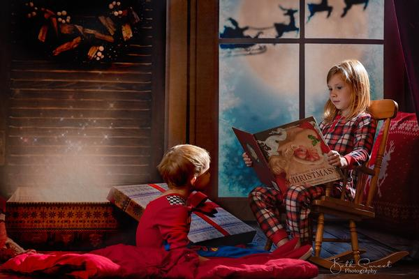 Kate Christmas Moon And Reindeer Outside Window Backdrops for Photography