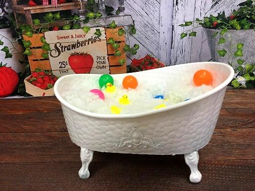 Kate Small Bathtub props