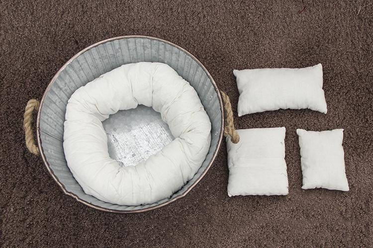 Baby photo neonatal Newborn photography white 1 assistant circle+3 pillows - Kate backdrops UK