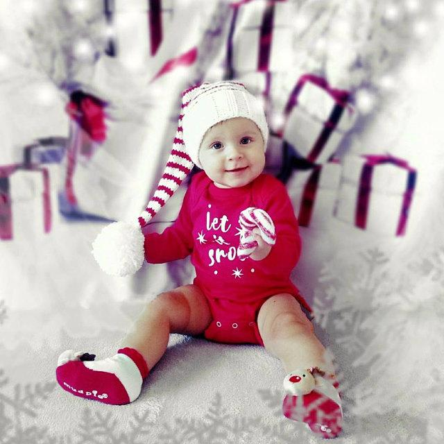 Load image into Gallery viewer, Kate Christmas Gift And Snow Tree Backdrops 5x6.5ft(1.5x2m) - Kate backdrops UK