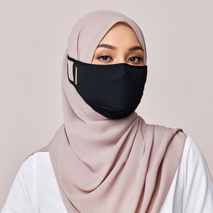 REUSABLE FACE MASK IN BLACK