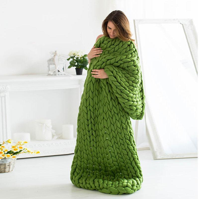 Green Chunky Knit Blanket AH478 - DelaFur Wholesale