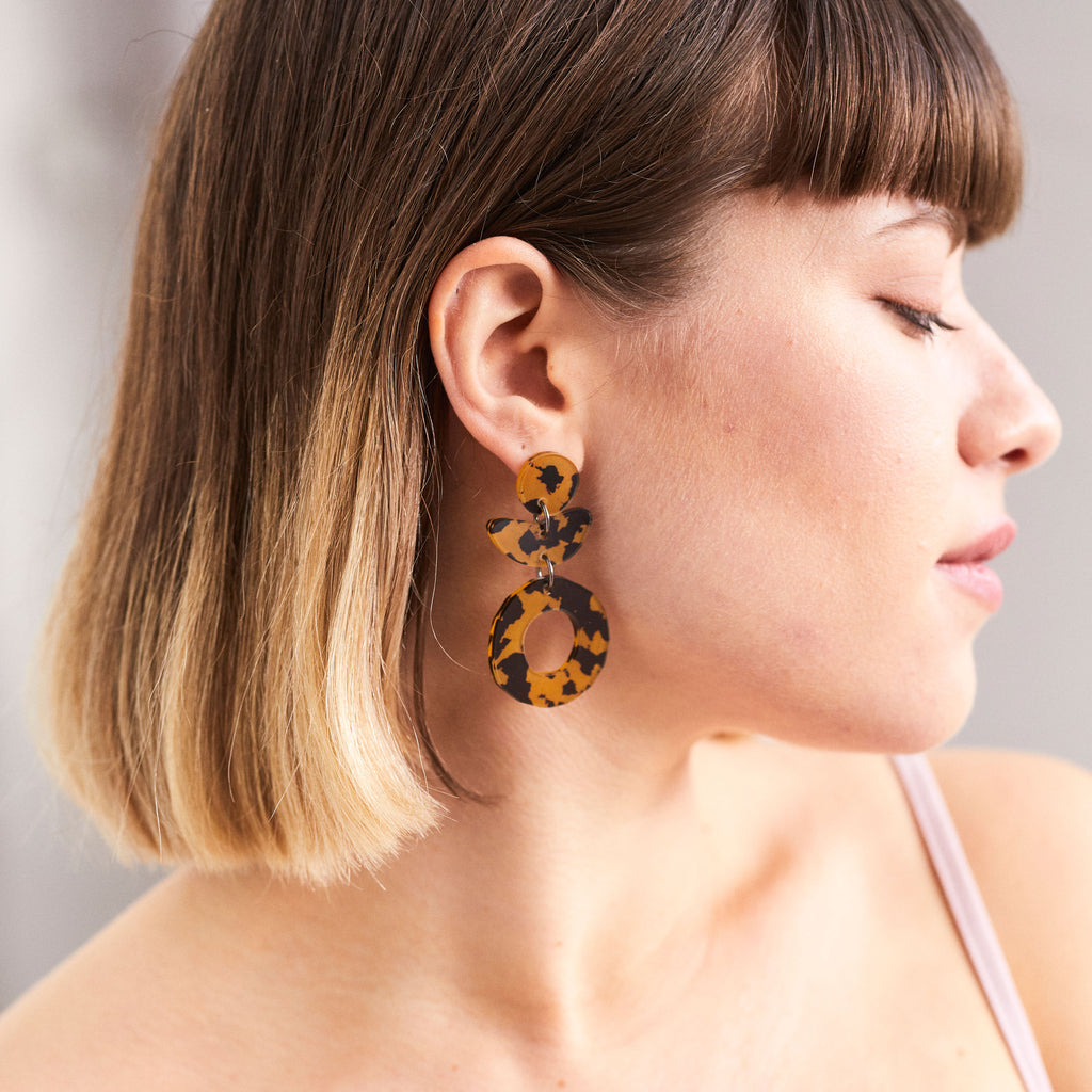Dune Flower Earrings - Leopard Dark