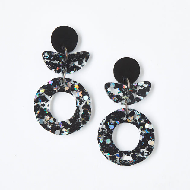 Dune Flower Earrings - Black Cosmos