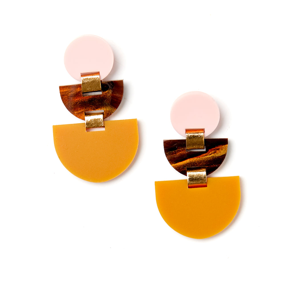 Boat Earrings - Brown / Pink