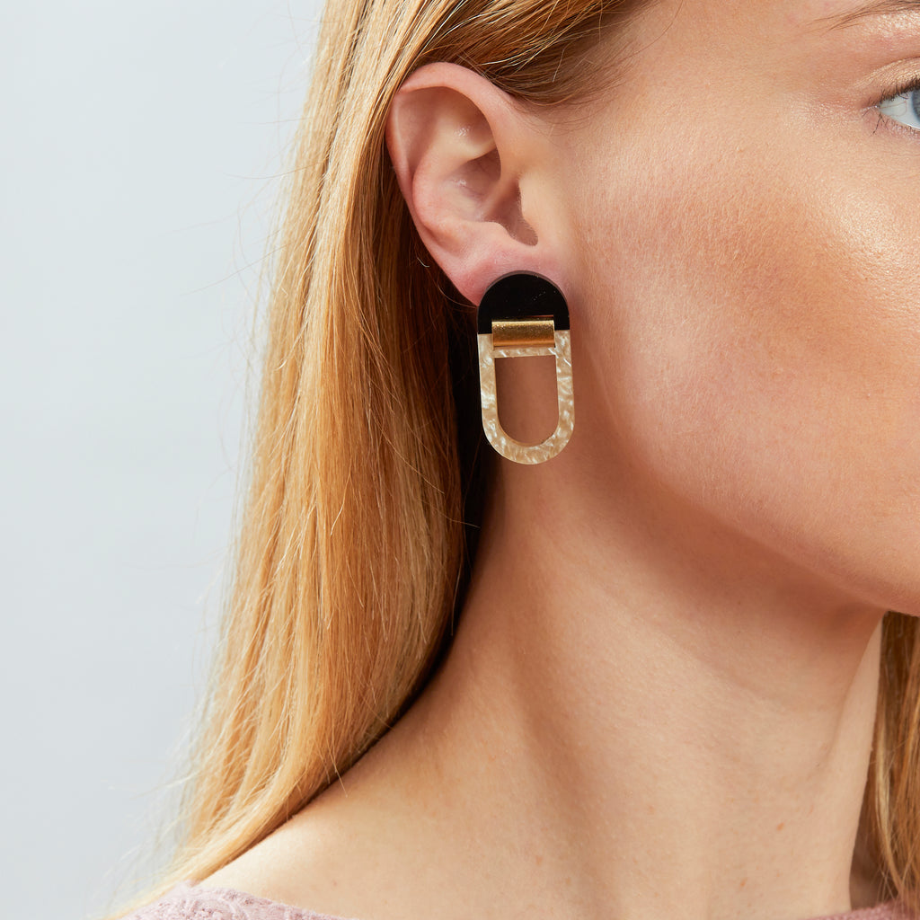 U Hoop Earrings - Black / Oyster