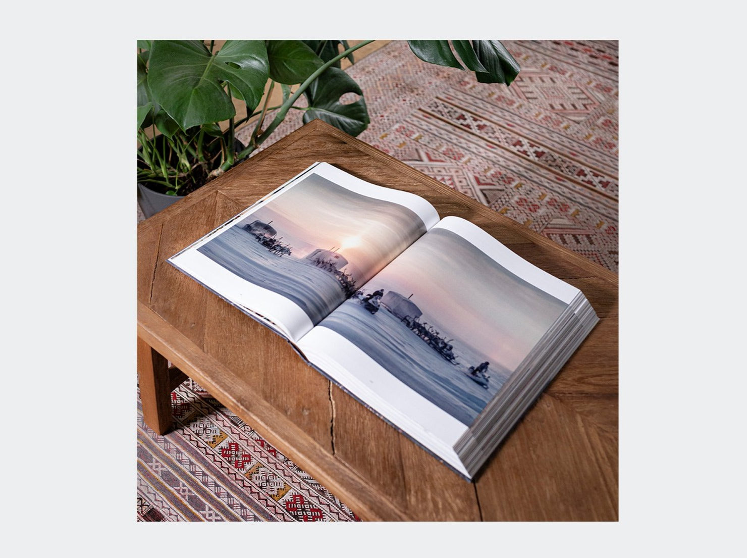 COFFEE-TABLE BOOK - HOMAGE TO HUMANITY