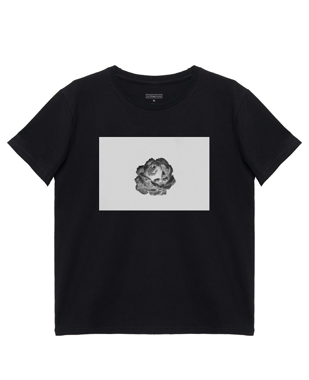 White Rose Print T-Shirt in Black - T-Shirts - INTERMISSION - BRANMA
