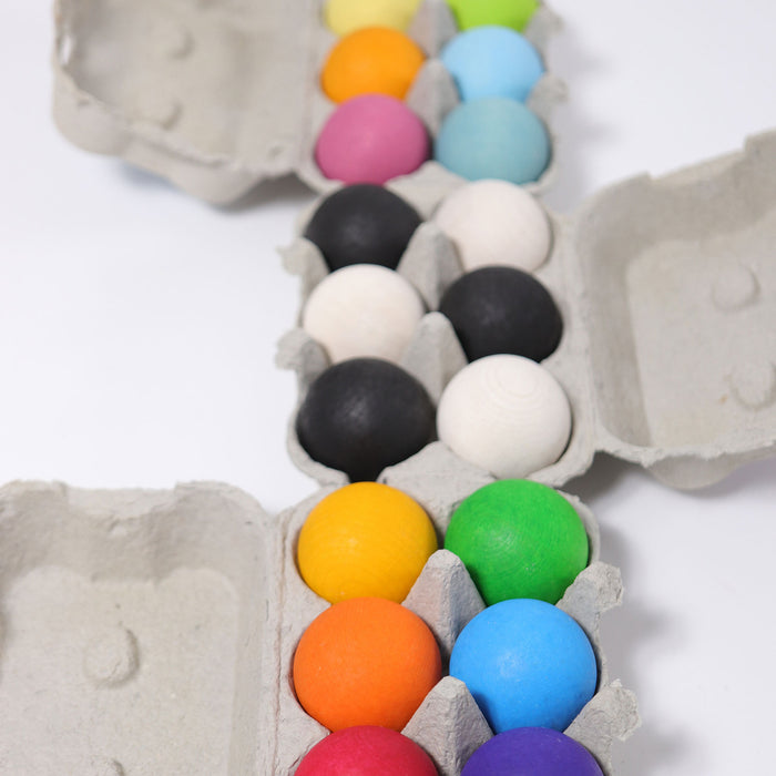 10238 Grimms Wooden Pastel Balls 6 pieces