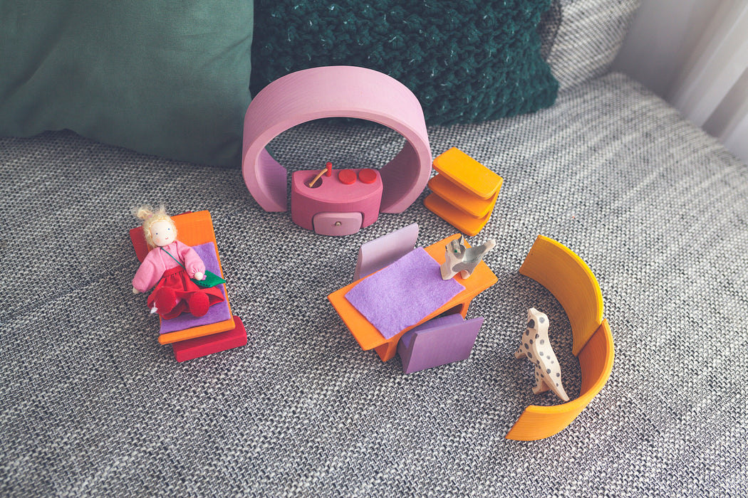 10880 Grimms Portable Doll House pink-orange