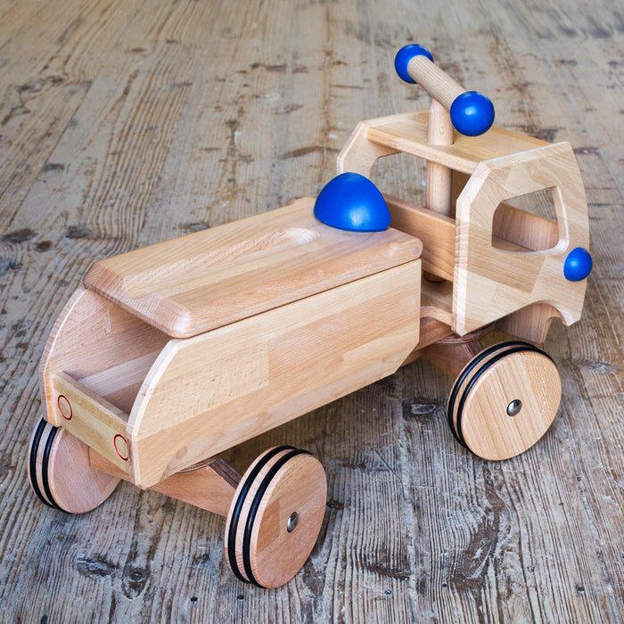 Dynamiko Wooden Ride On Toy Car Transporter Fred Red