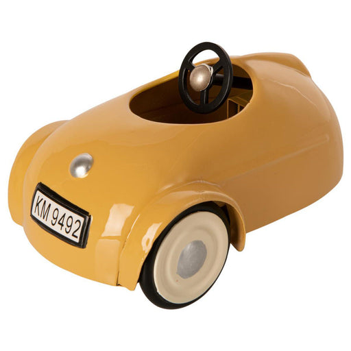 Maileg Mouse Car and Garage Yellow 02