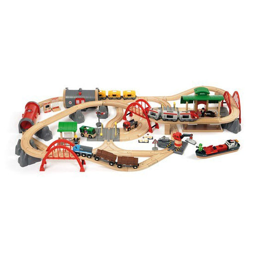 BRIO Deluxe Railway set 87 Pieces 02