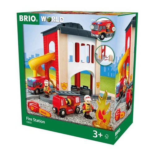 BRIO Fire station 12 pieces 01