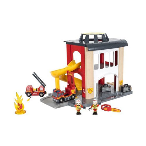 BRIO Fire station 12 pieces 02