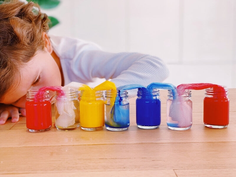 Walking rainbow experiment for kids