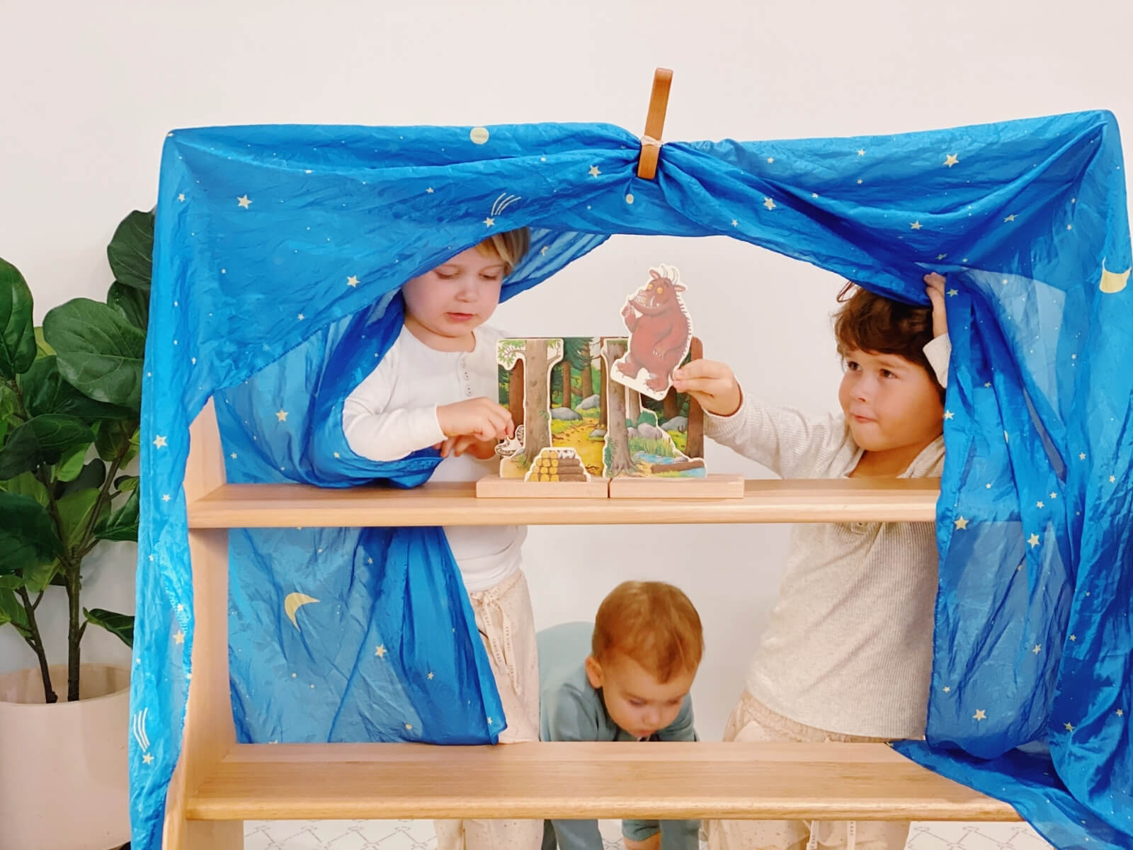 Setting up your bookish play with the Gruffalo Wooden Theatre