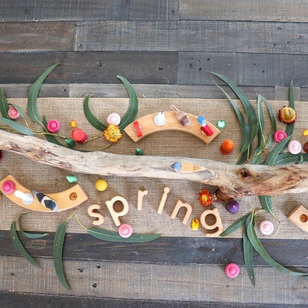 Play Challenge Prompt 1: Spring Nature Table