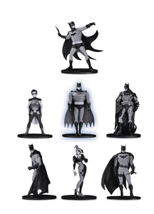 BATMAN BLACK & WHITE MINI PVC FIGURE 7 PACK SET 2 07/31/19 FOC 02/04/19