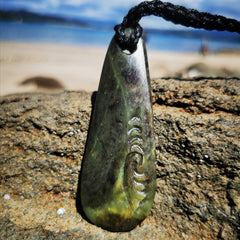 Pounamu Teardrop Pendant Ngaru (Wave of the Sea) - Rua