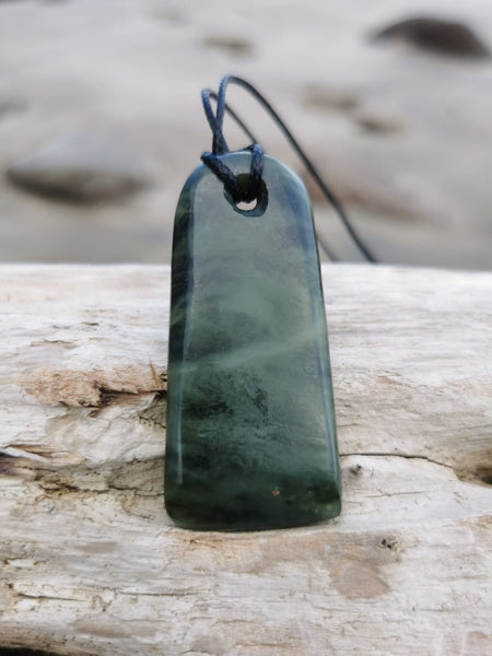 Pounamu Toki Peace Keeper