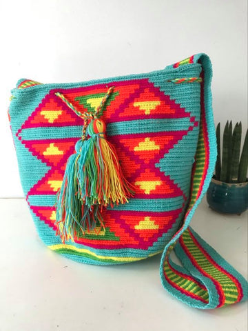 Wayuu Bag triangles