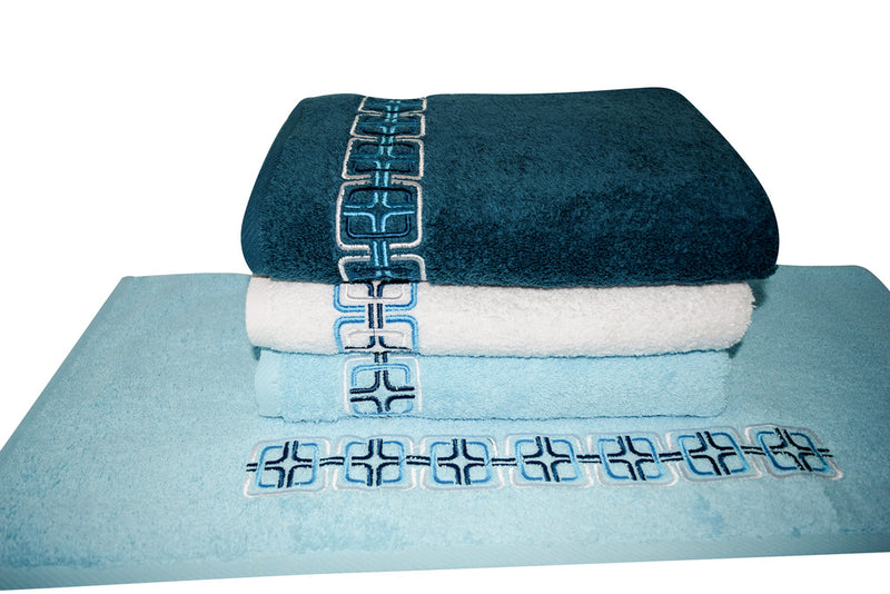 May Embroidered Turkish Cotton Washcloths - 4 Pieces - Classic Turkish Towels