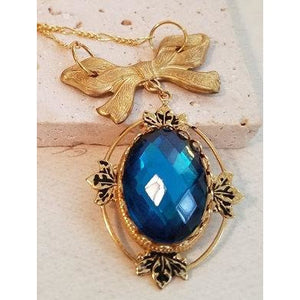 Blue Cabochon Necklace