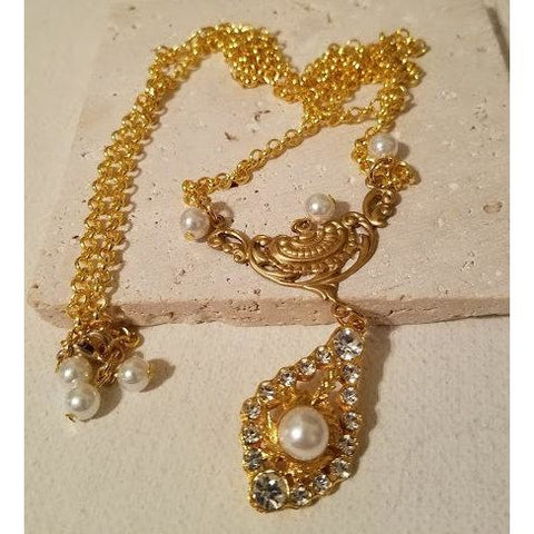 Pearl & Rhinestone Necklace
