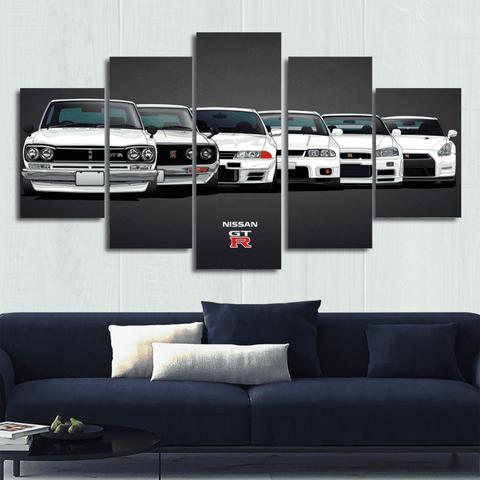 Size1 / Unframed Evolution of the Nissan GT-R