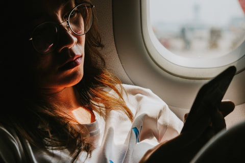 5 Ways To Improve Your Sleep Quality on an Airplane (and overcome jet lag quickly)