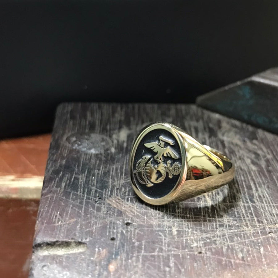 Military Signet rings for those seeking custom us army rings or navy rings. The army special forces rings are always popular as are a navy chief ring