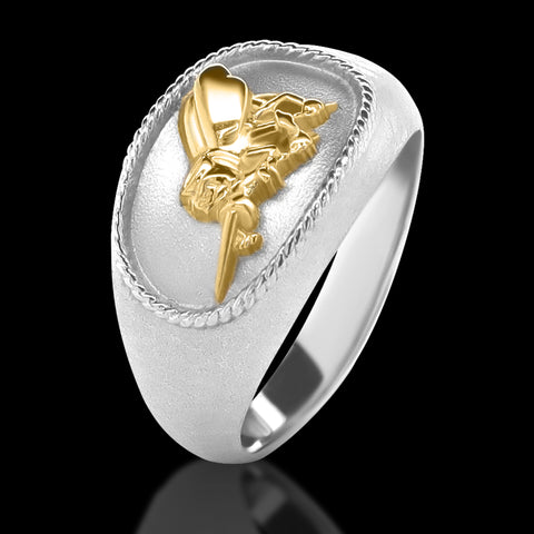 US Navy SeaBee Ring with gold bee