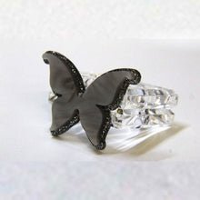Load image into Gallery viewer, Butterflies Acrylic Lucite Napkin Rings