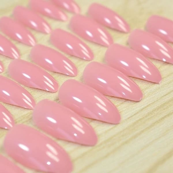 Stiletto Press On Nails - 23P - Makeup