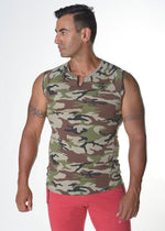 Sleeveless Camouflage Fit Top