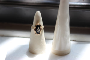 Vintage 10k Yellow Gold and Black Onyx Marquise Ring